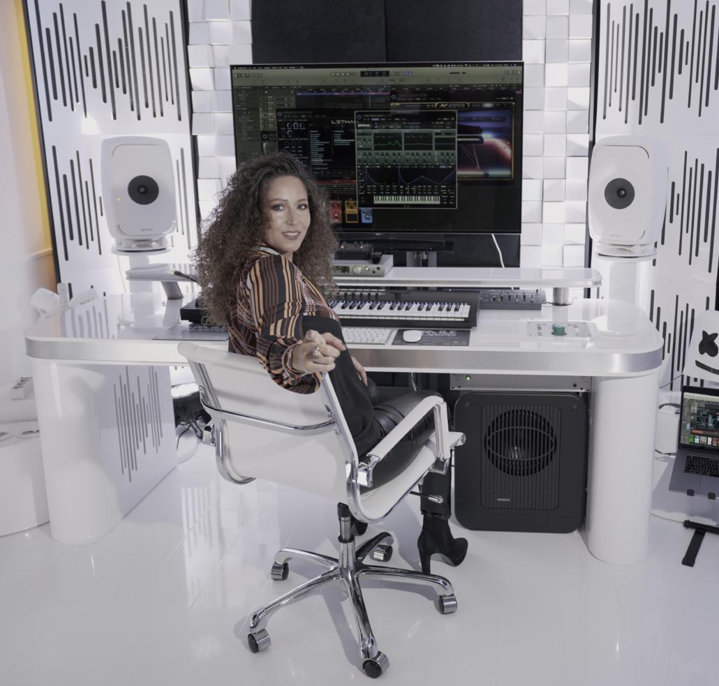 FEMALE DJ, DJANE, FEMALE PRODUCER